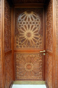 wooden-carving-door-1